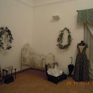 Foto raffiguranti la prima sala